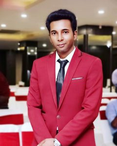 What to wear with Maroon Blazer   The Perfect Maroon Blazer Combo